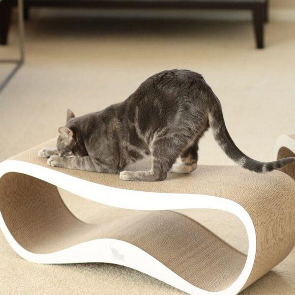 myKotty LUI scratcher duurzaam kartonnen krabmeubel voor katten wit katten spelen
